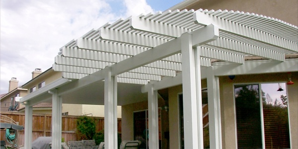 Patio enclosure installed by Sol Reliable in California